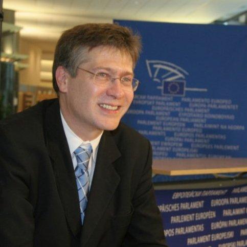 Dr. Szent-Iványi István